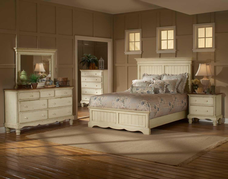 Hillsdale Wilshire Panel Bedroom Set - Antique White
