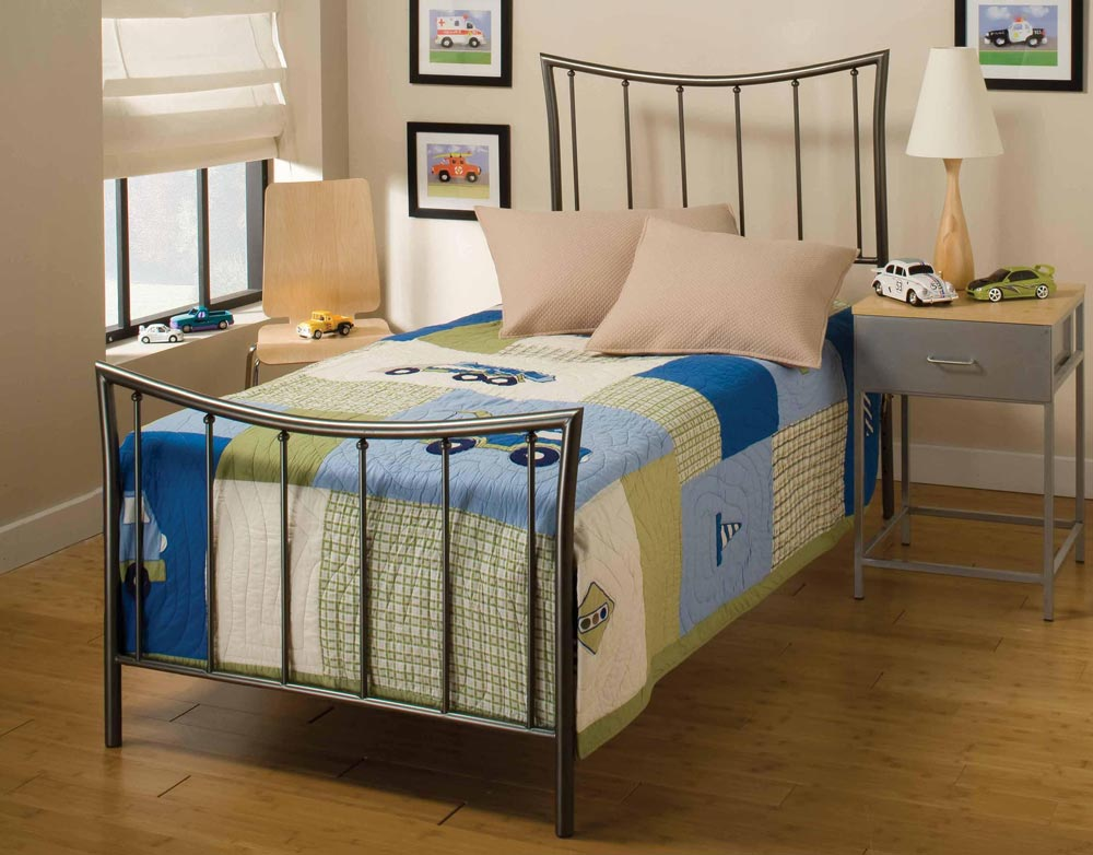 Hillsdale Edgewood Youth Bed