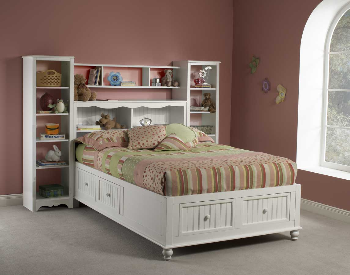 Hillsdale Westfield Platform Bookcase Bed With Wall
