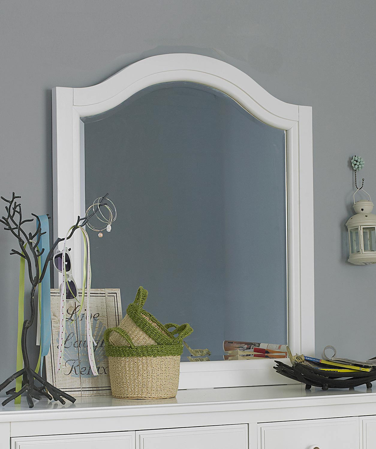 NE Kids Lake House Arched Mirror - White