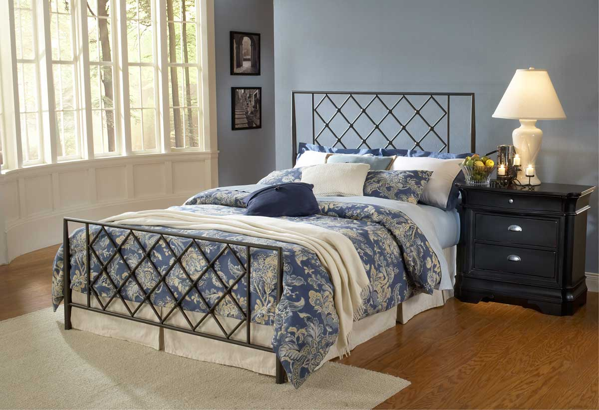 Hillsdale wellington bed 1543 bed for Beds wellington