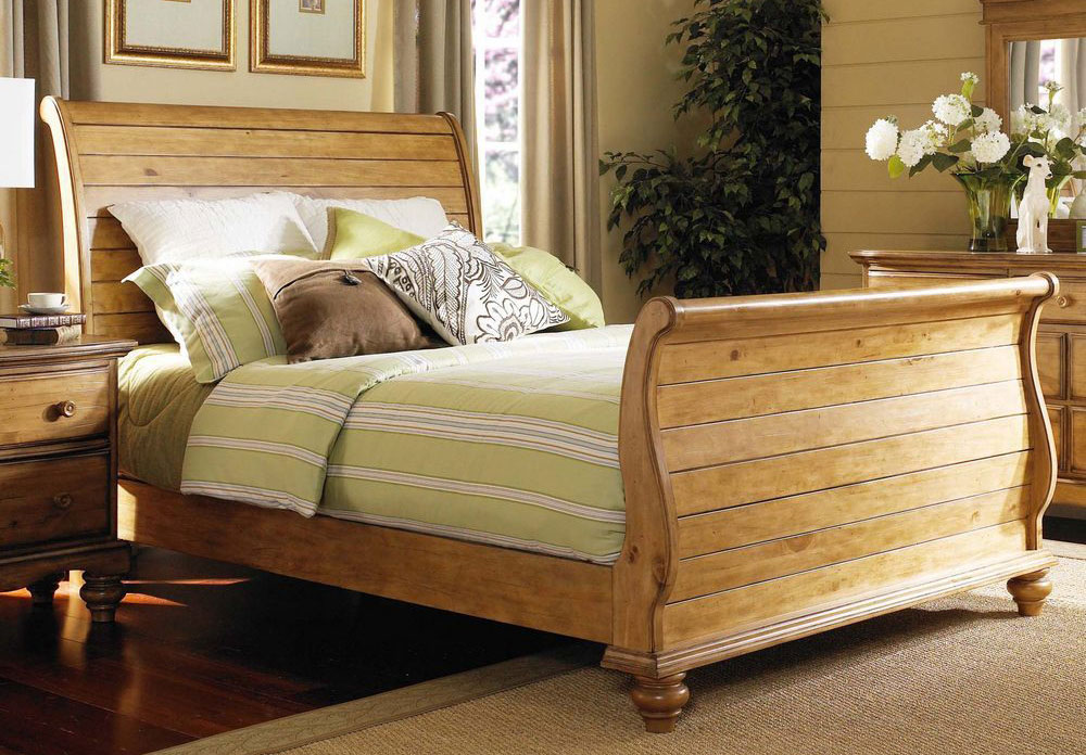 Hillsdale Hamptons Sleigh Bed Weathered Pine 1553 Bed