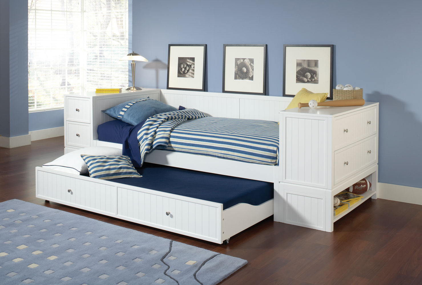 Hillsdale cody daybed set a white 1604dbtu for Bed sets with mattress included