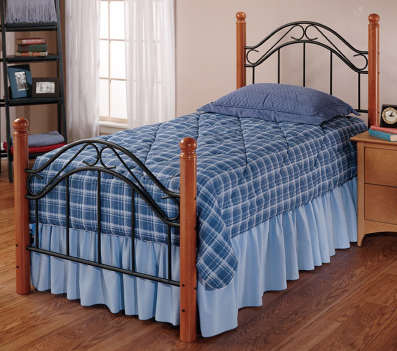 Hillsdale Winsloh Youth Bed