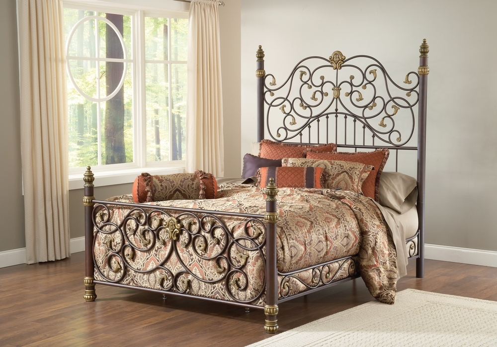 Hillsdale Stanton Bed - Old Brown Highlight