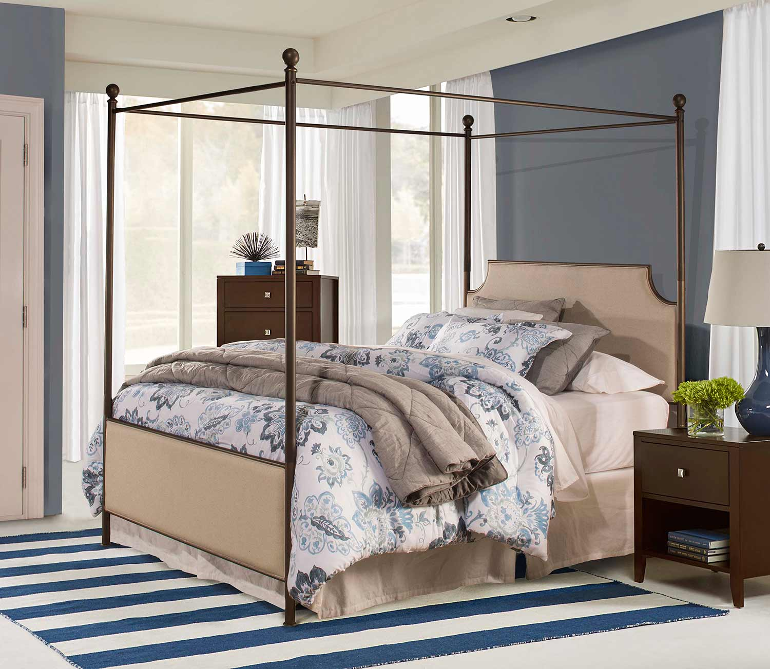 Hillsdale McArthur Canopy Bed - Bronze