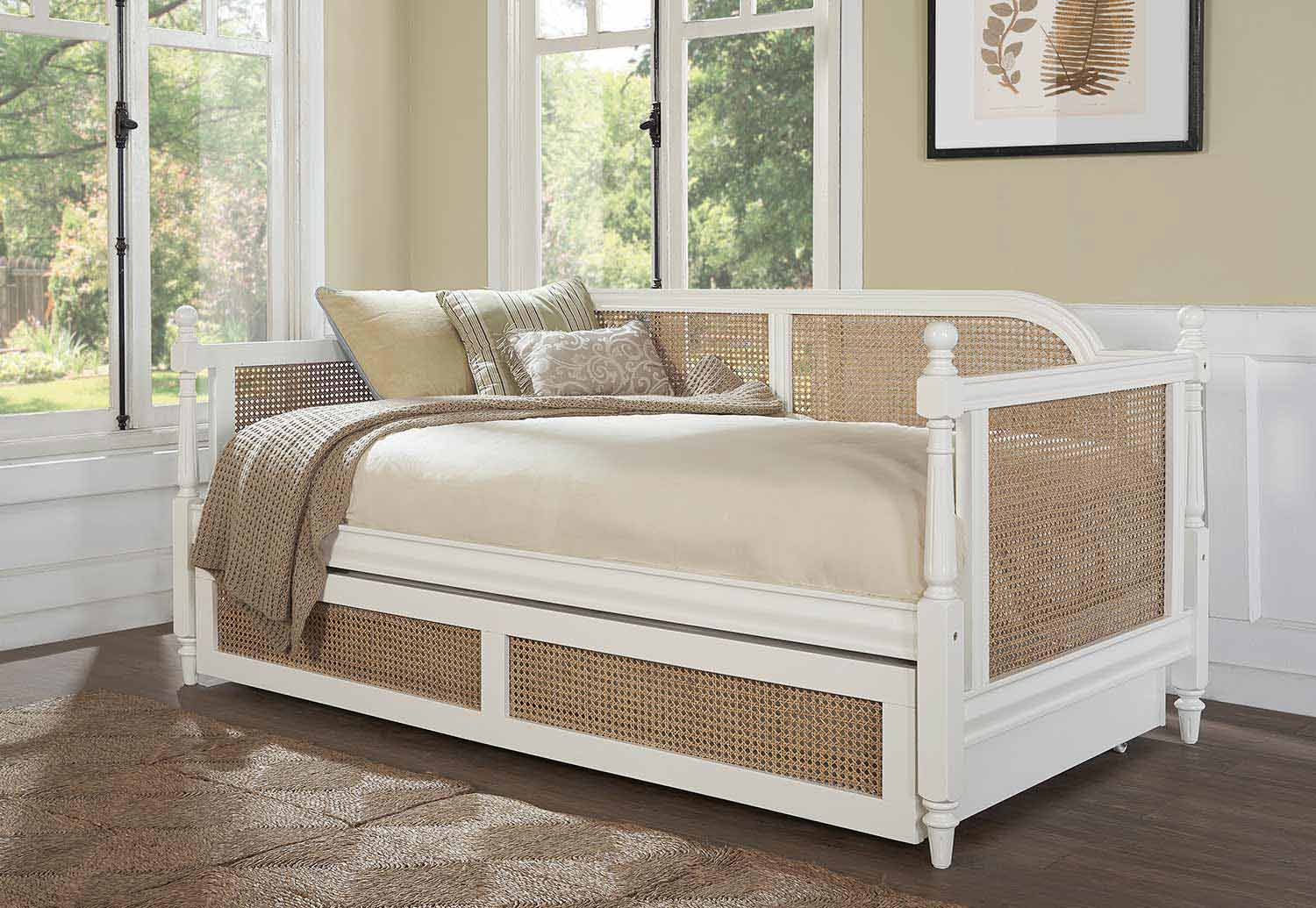 Hillsdale Melanie Daybed with Trundle - White