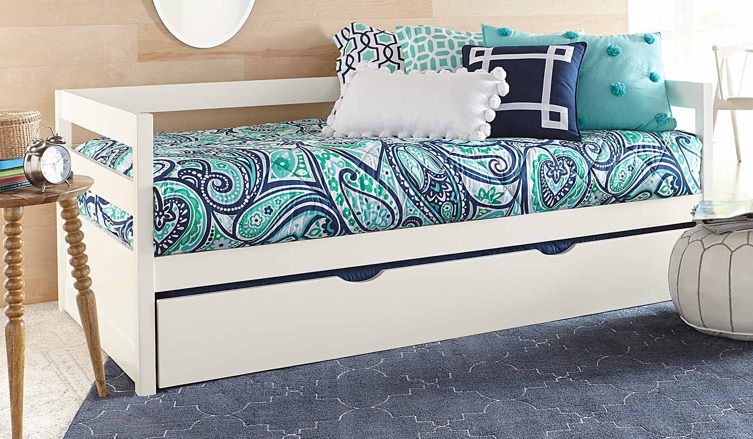 Hillsdale Caspian Daybed With Trundle - White