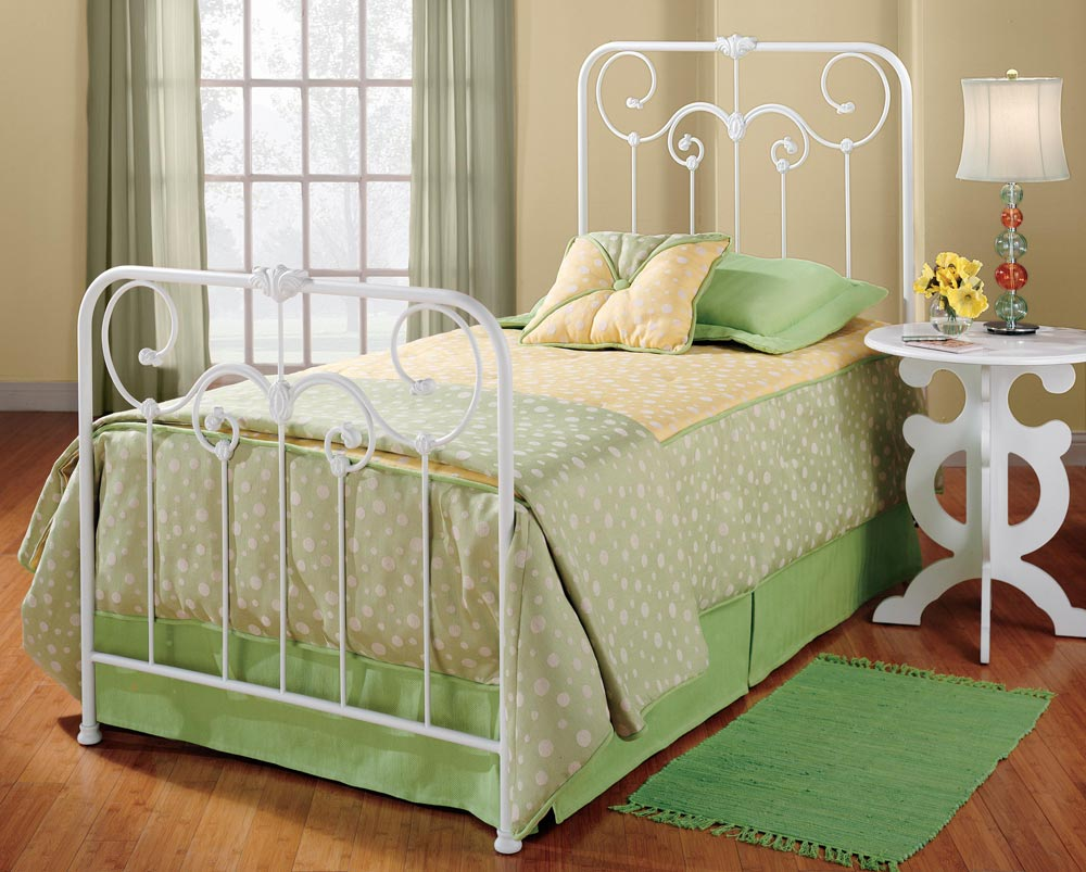 furniture small bedroom hillsdale bed 277 bed hillsdalefurnituremart 11629