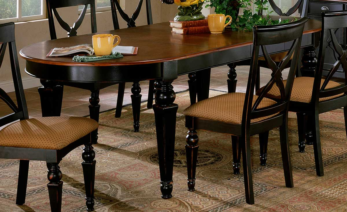 Hillsdale Northern Heights Dining Table