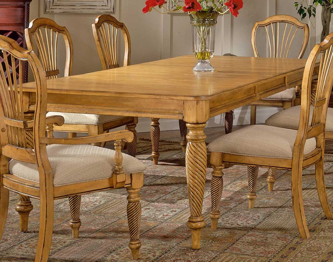 Hillsdale wilshire rectangular dining table antique pine for Pine dining room table