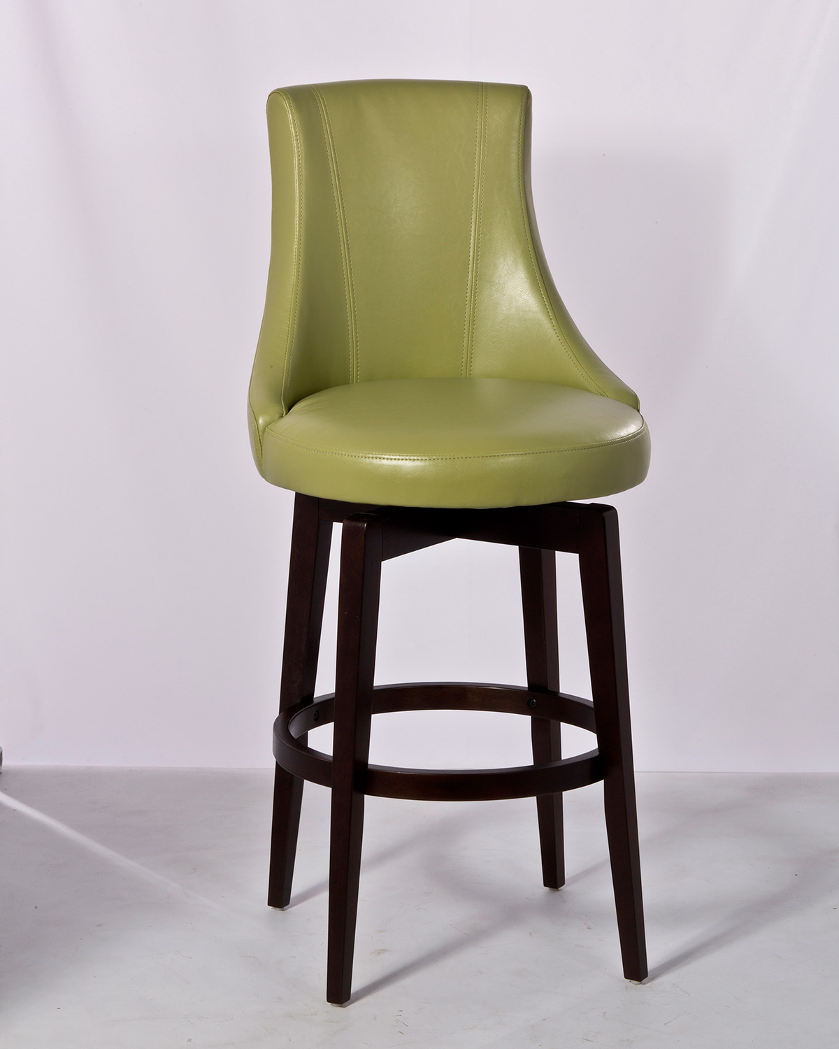 Hillsdale Santa Anita Swivel Bar Stool W Green Vinyl