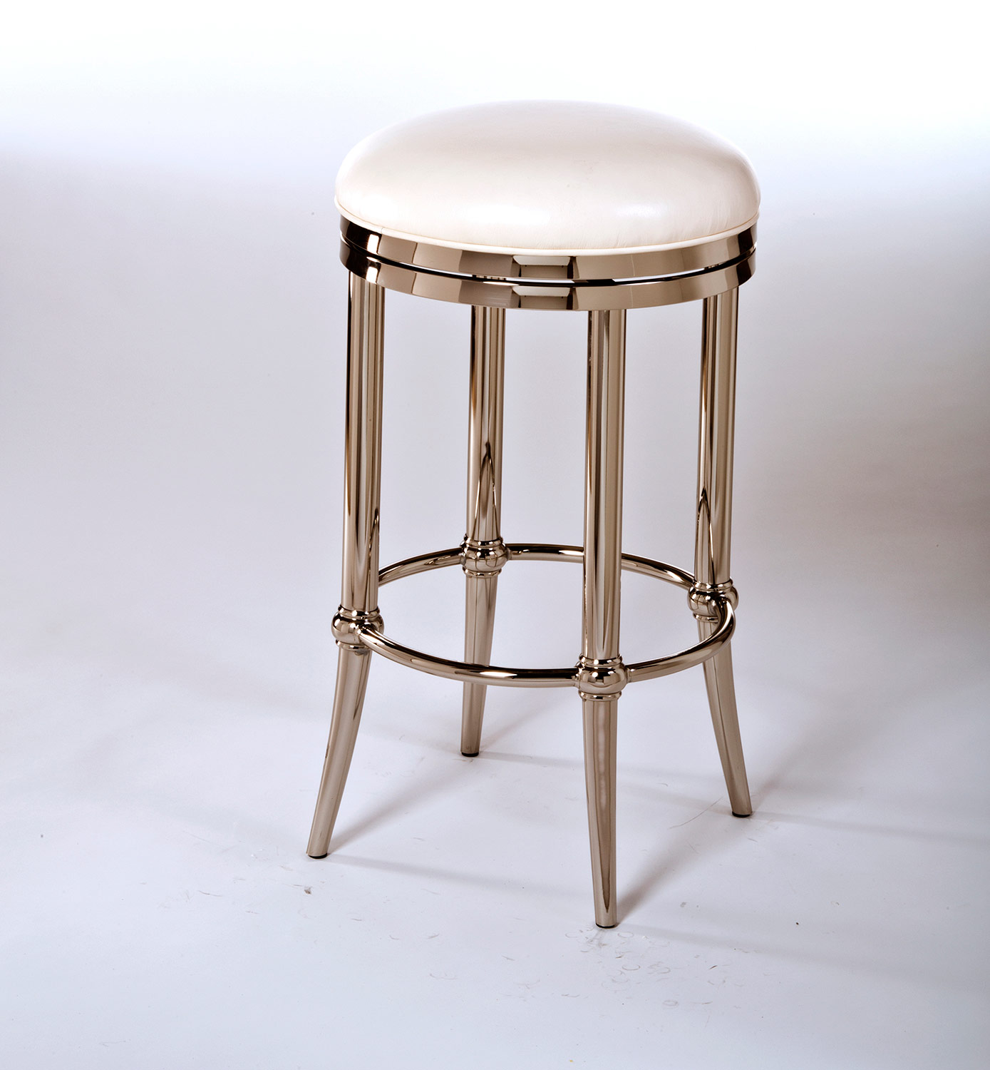 Hillsdale Bar Stools For Fashionable Home Owners
