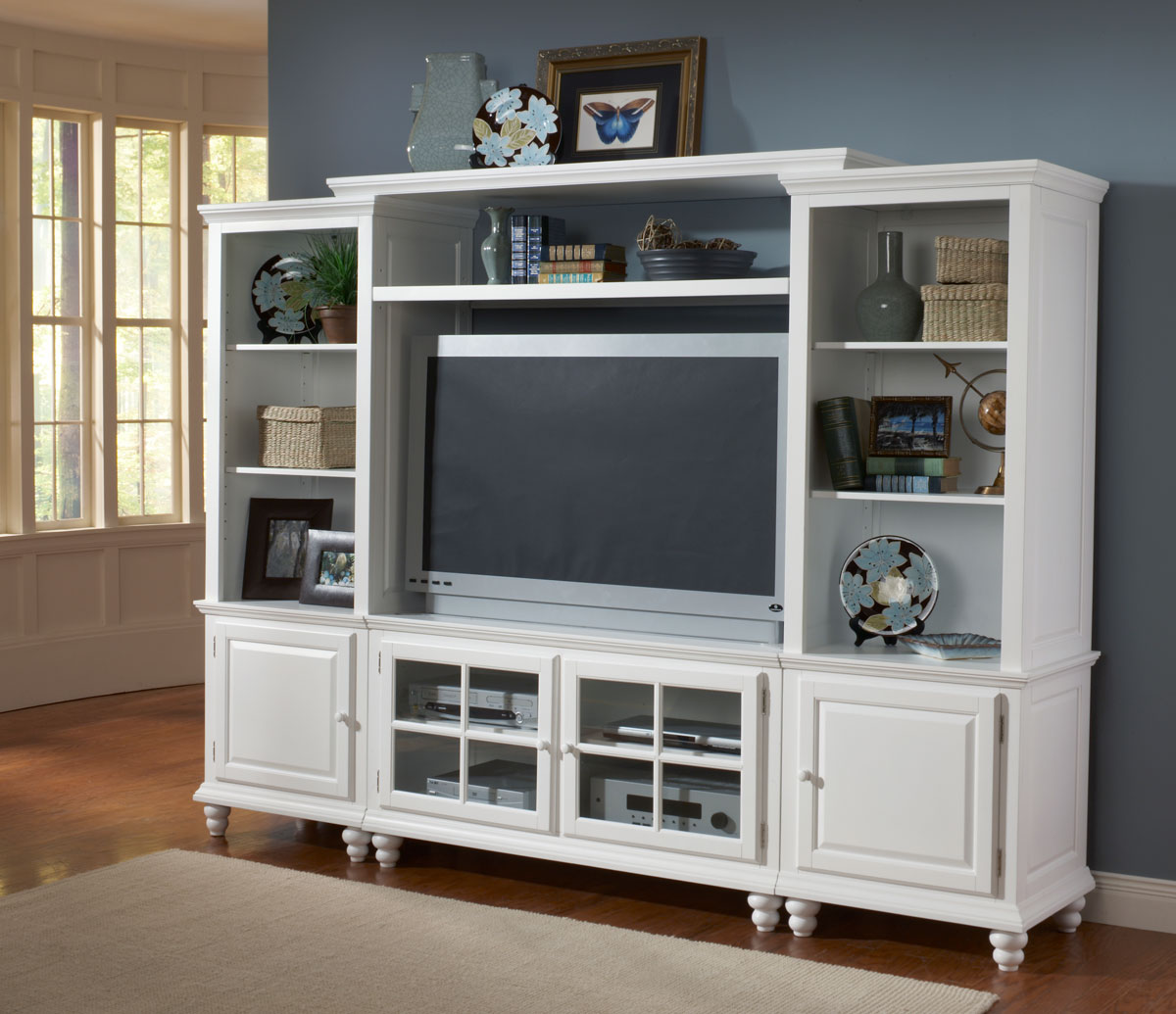 Hillsdale Grand Bay Small Entertainment Wall Unit White
