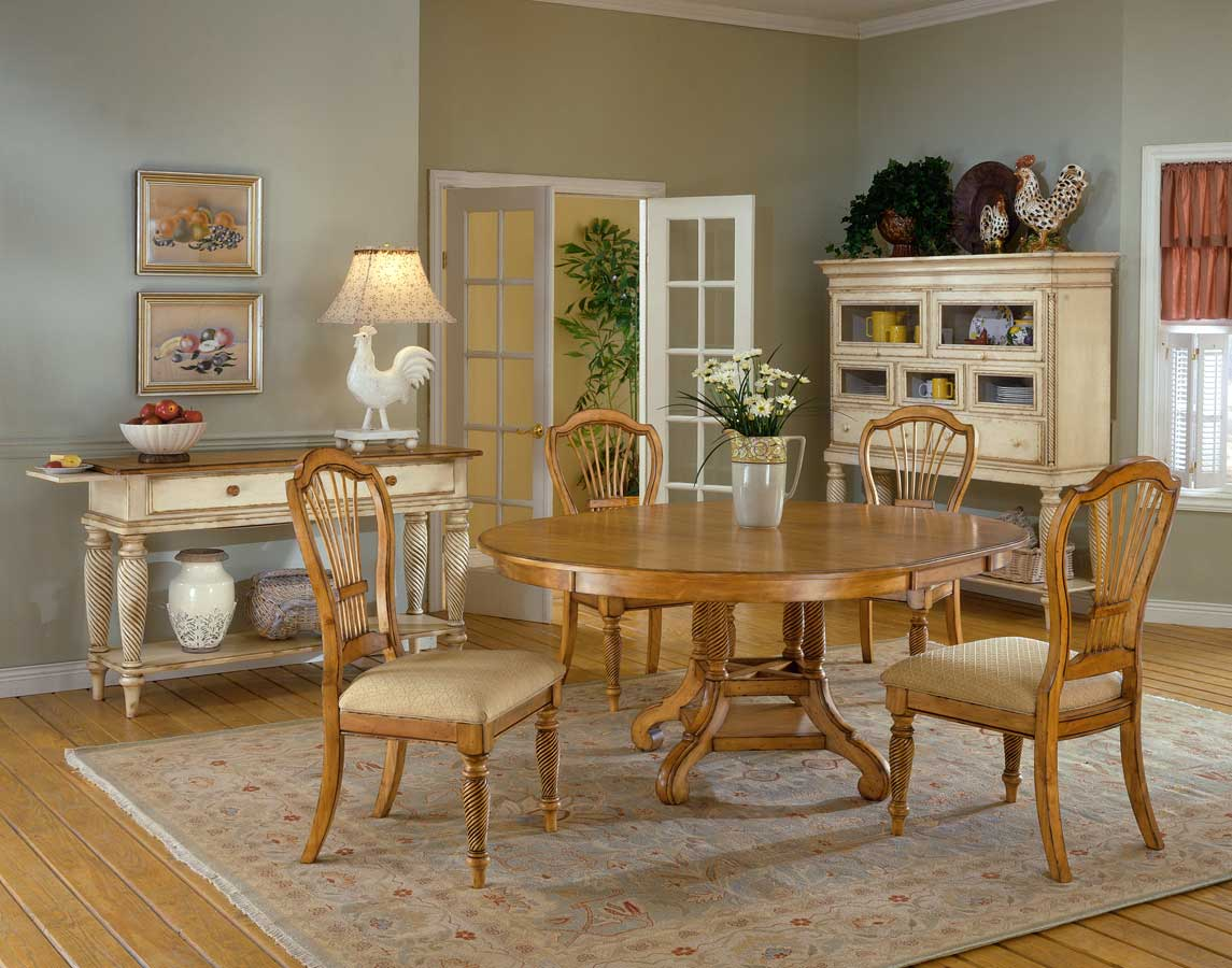 Hillsdale Wilshire Round Dining Collection Antique Pine