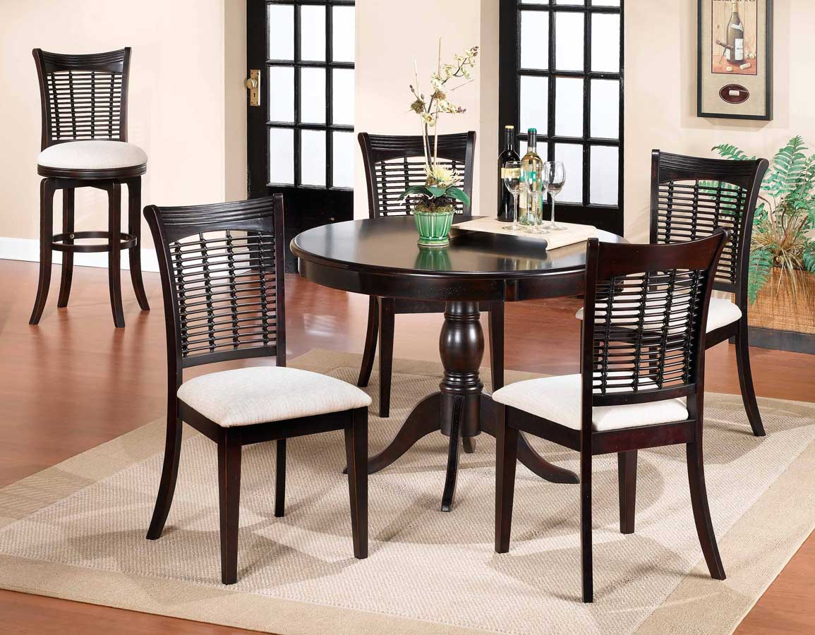 Hillsdale Glenmary - Bayberry Round Pedestal Table - Dark Cherry