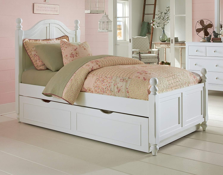 Lake House Payton Arch Bed With Trundle - White