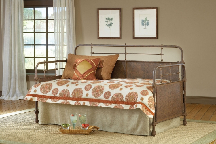 Kensington Daybed - Old Rust