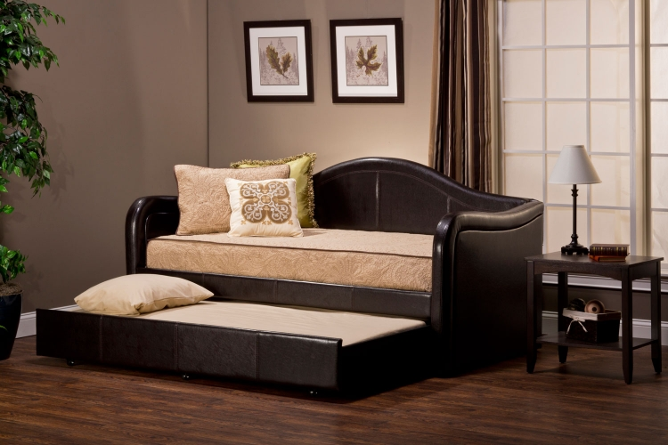 Bon Daybed With Pull Out Trundle Brown Vinyl