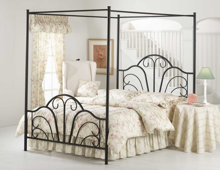 Dover Canopy Bed