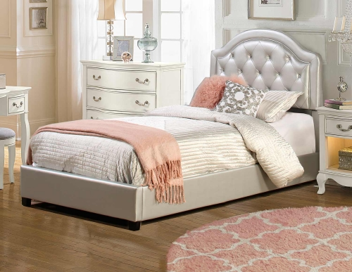 Karley Bed - Silver