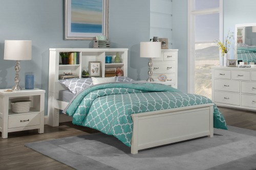 Highlands Bookcase Bedroom Set - White